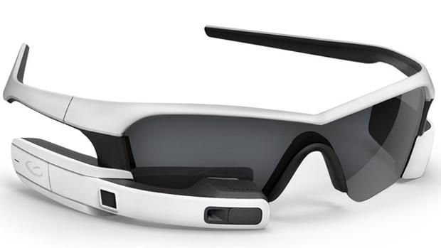Jet, da Recon Instruments, um dos concorrents do Google Glass