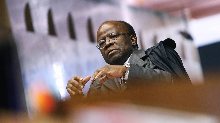 Ministro Joaquim Barbosa durante julgamento do mensalão, em 05/09/2012