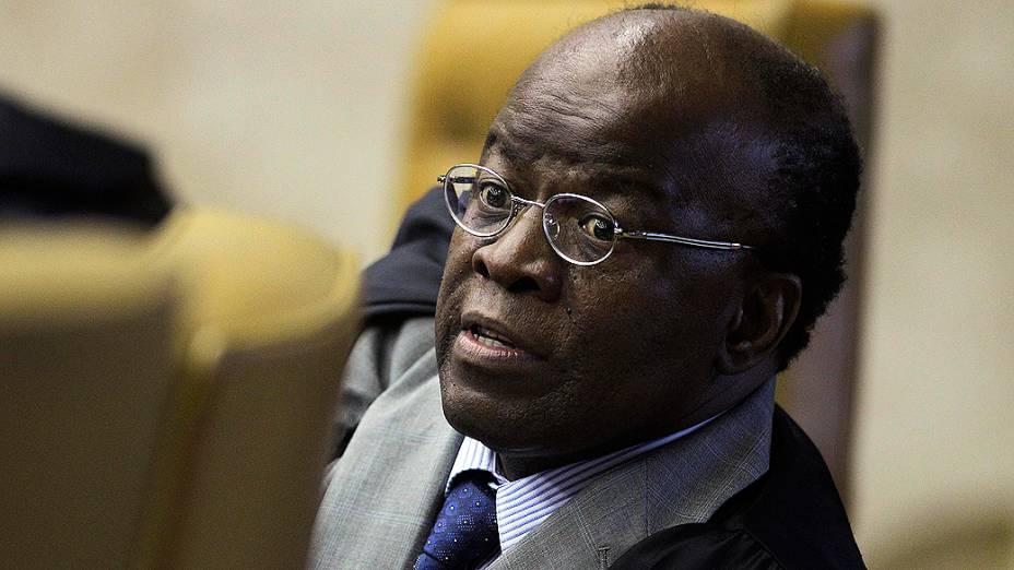 Ministro Joaquim Barbosa, relator, durante o julgamento do mensalão, em 17/10/2012