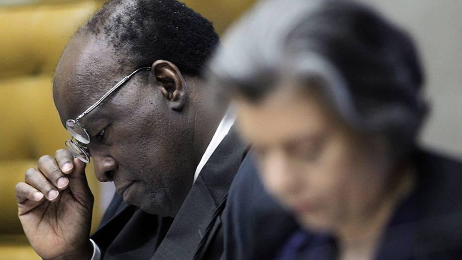 Ministro Joaquim Barbosa, relator, durante o julgamento do mensalão, em 23/10/2012