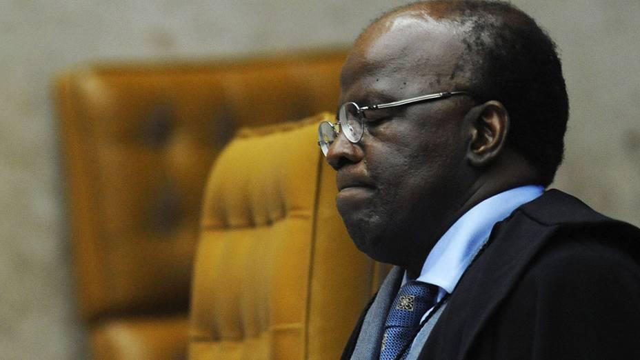 Ministro Joaquim Barbosa, relator, durante o julgamento do mensalão, em 14/11/2012