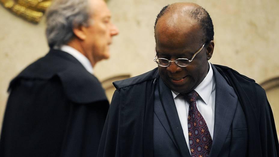 Ricardo Lewandowski e Joaquim Barbosa durante o julgamento do mensalão