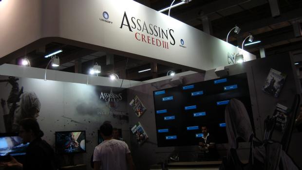Jogo Assassins Creed 3, disponível para teste, no estande da Ubisoft