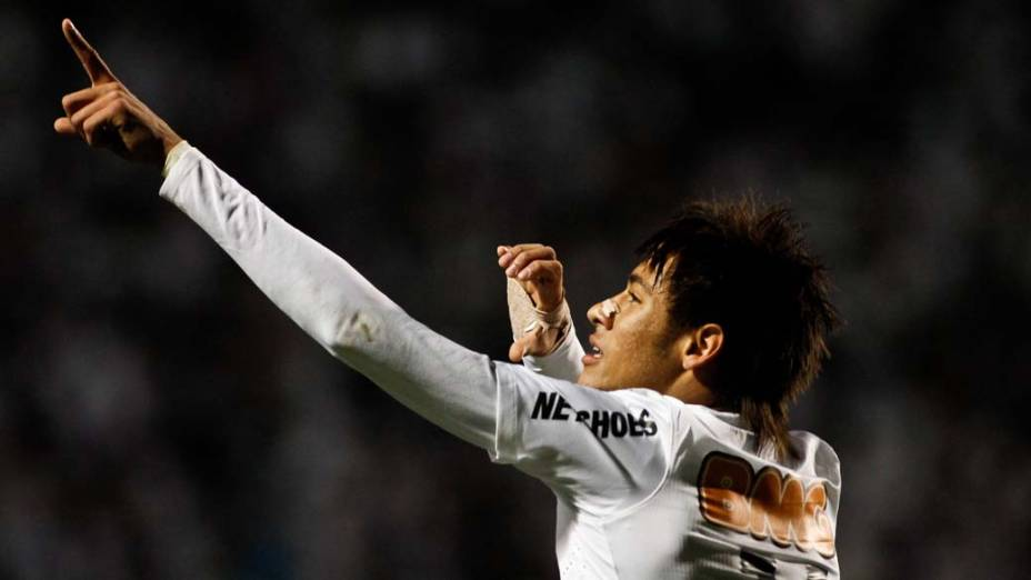 Neymar durante jogo do Santos contra o Universidad del Chile