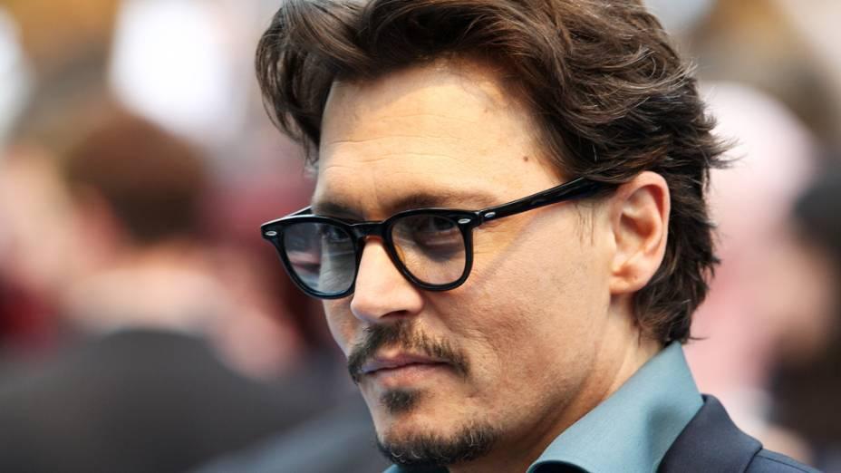 """Johnny Depp durante a estreia britânica de """"Piratas do Caribe"""" em Londres"""