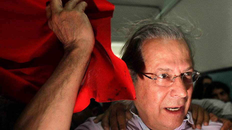 O ex-ministro José Dirceu, votou na tarde de hoje (07), em São Paulo