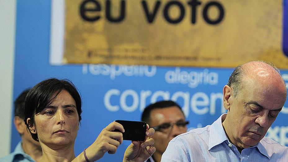 José Serra recebe o apoio de Soninha Francine, em 10/10/2012