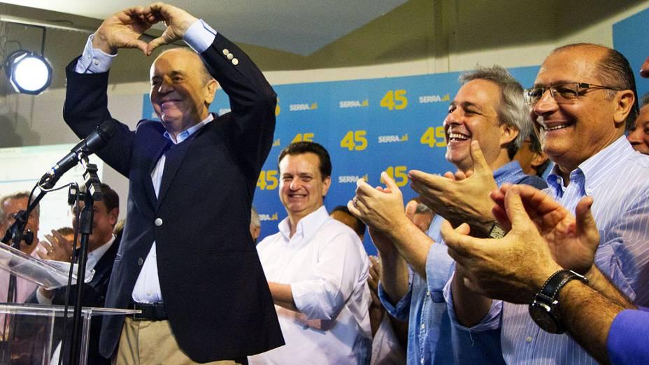 O candidato José Serra durante coletiva na sede central do PSDB, no centro de São Paulo