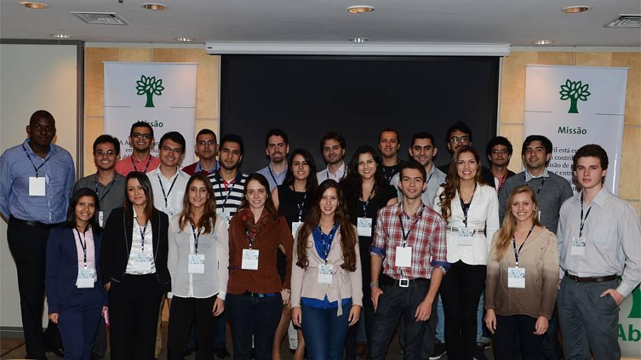 Candidatos ao Prêmio Jovens Inspiradores 2013