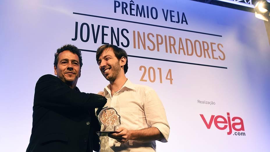 Guilherme Finkelfarb Lichand vencedor na categoria chivas do Prêmio Jovens Inspiradores 2014, em São Paulo