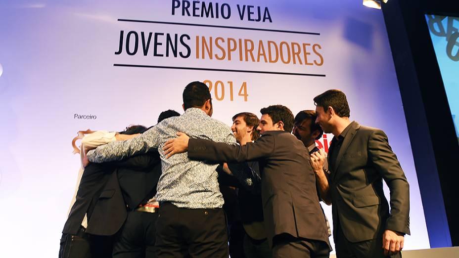 Vencedores e finalistas do Prêmio Jovens Inspiradores 2014