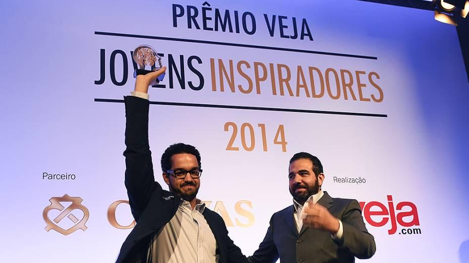 André Barrence vencedor do Prêmio Jovens Inspiradores 2014, em São Paulo