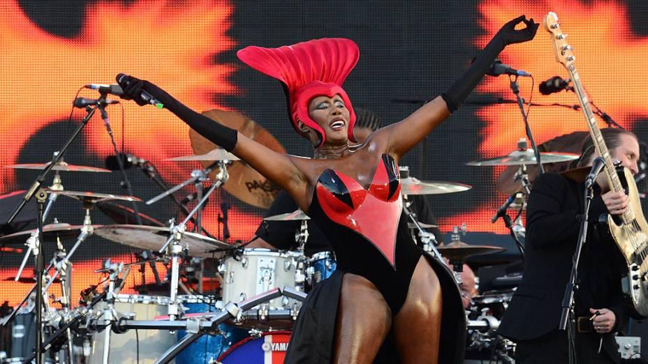 A cantora Grace Jones durante show em Londres