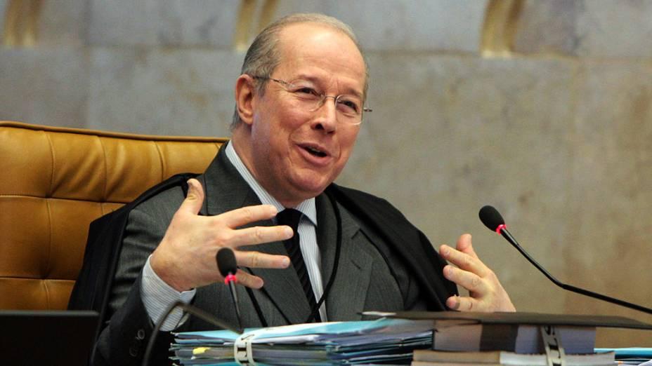 Ministro Celso de Mello durante o julgamento do mensalão, em 06/09/2012