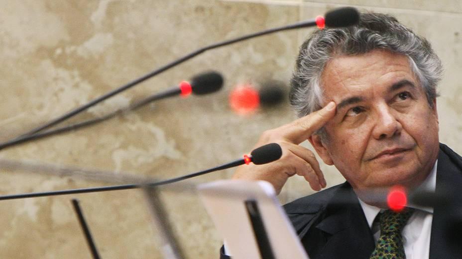 Minsitro Marco Aurélio durante julgamento que analisa imputação de lavagem de dinheiro a réus ligados ao PTB