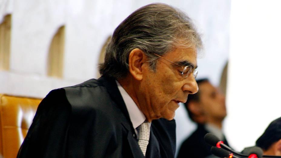 Ministro Ayres Brito do Supremo Tribunal Federal (STF) durante sessão do julgamento do mensalão, em 27/09/2012