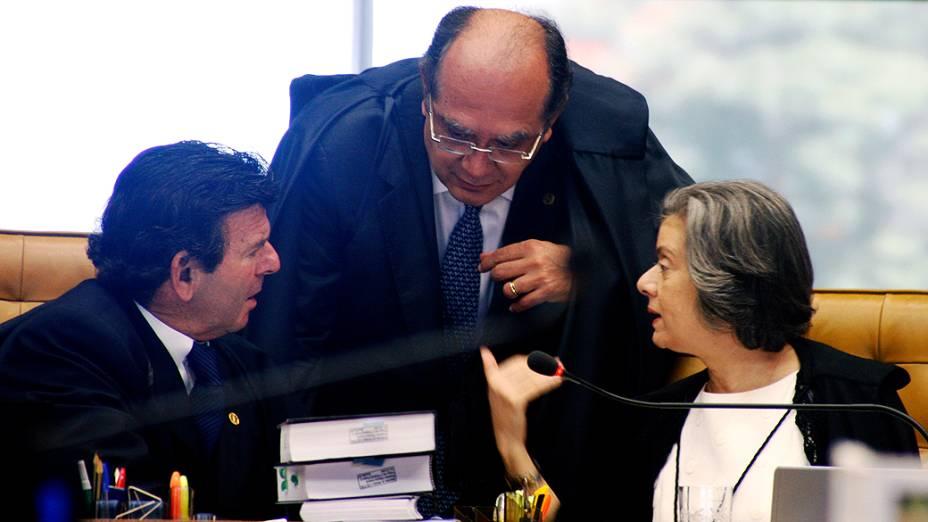 Ministros do STF durante julgamento do mensalão, em 06/12/2012
