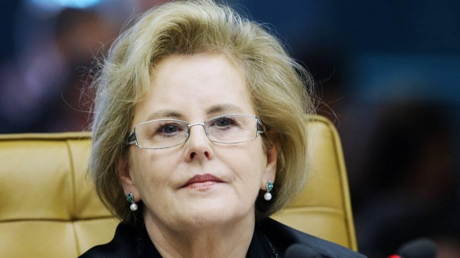 Ministra Rosa Weber durante sessão que julga Ação Penal 470