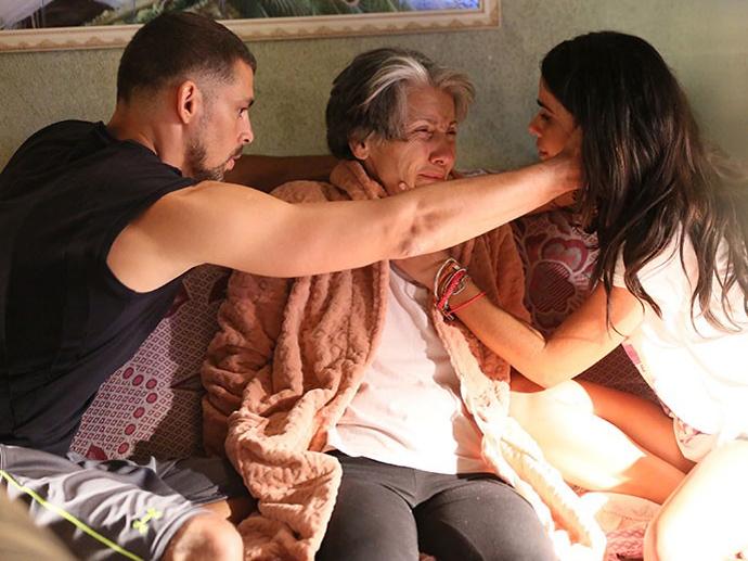 Juliano (Cauã Reymond), Djanira (Cassia Kis Magro) e Tóia (Vanessa Giácomo), de A Regra do Jogo