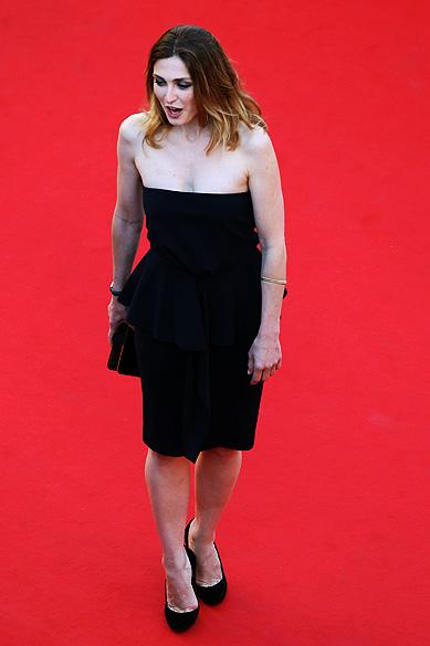 A atriz Julie Gayet é fotografada no tapete vermelho do Festival de Cannes, em 2013