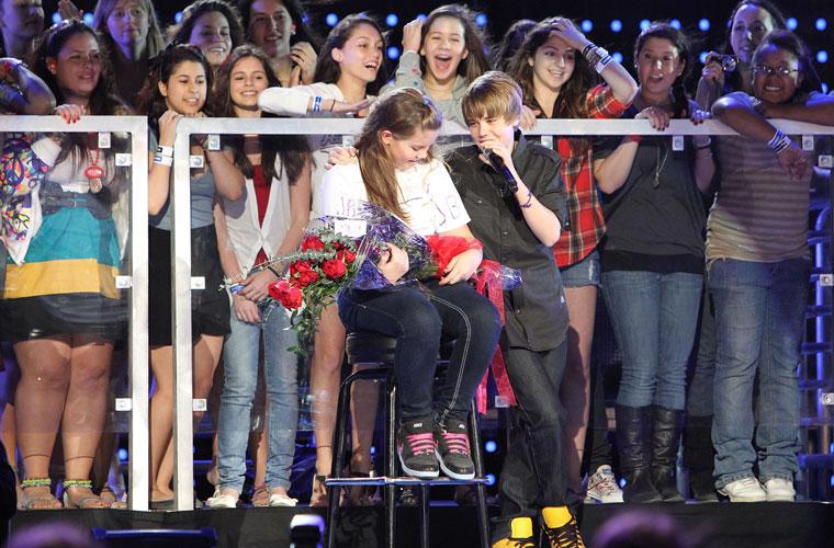 <p>Bieber foi uma das atrações do Pepsi Super Bowl Fan Jam - Rihanna e Nelly Furtado também participaram do festival.</p>