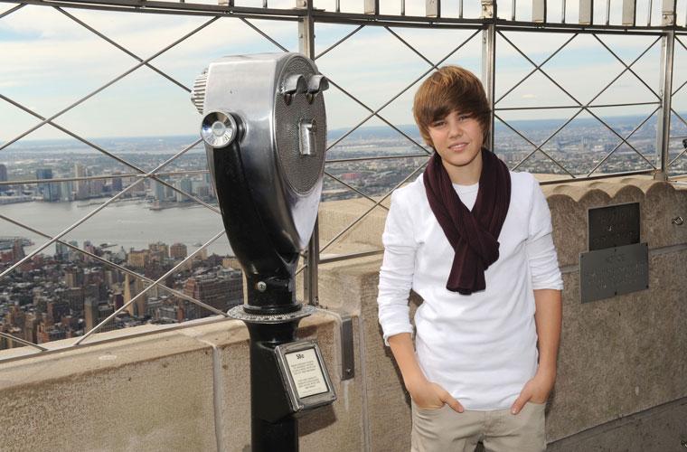 <p>Em visita ao Empire State Building, nos Estados Unidos.</p>