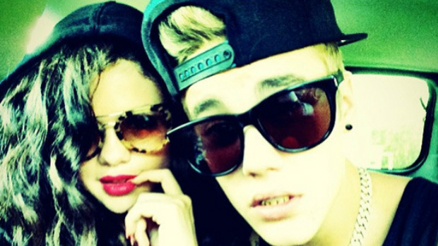 Justin Bieber e Selena Gomez em foto no Instagram