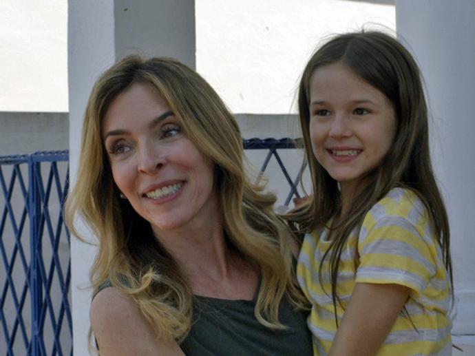 Desaparecida há anos, Kiki (Deborah Evelyn) reaparece viva em A Regra do Jogo