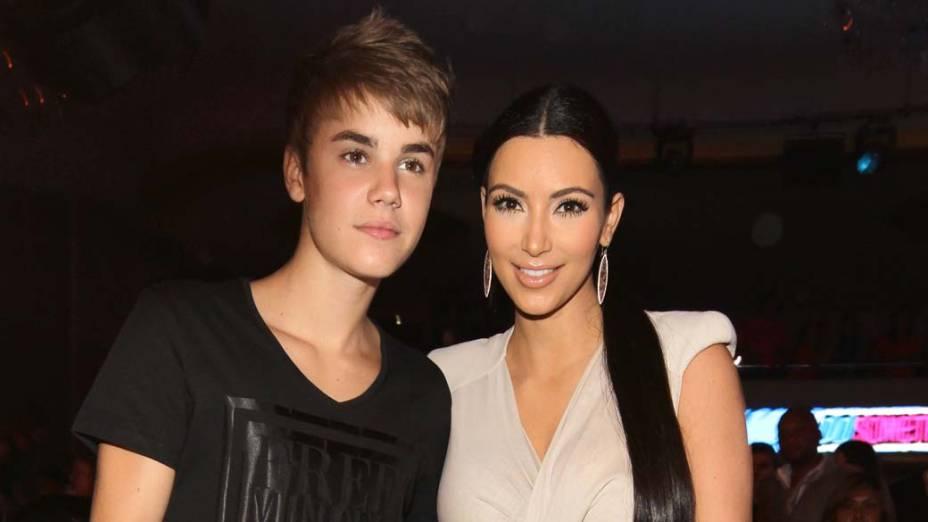 <p>Kim Kardashian e Justin Bieber em Hollywood, Califórnia</p>
