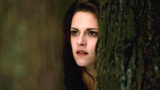 Kristen Stewart caça em novo trailer de Amanhecer - Parte 2