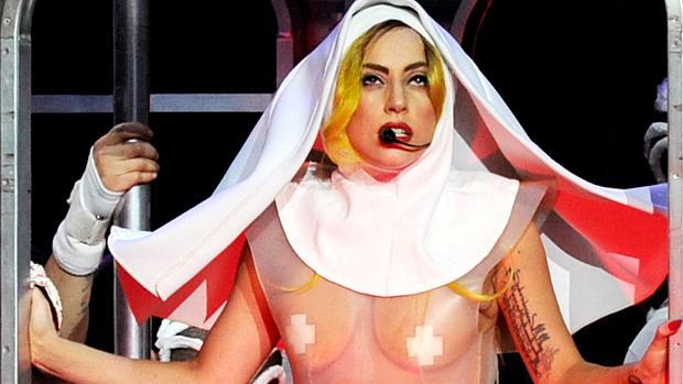 Lady Gaga durante show em Los Angeles