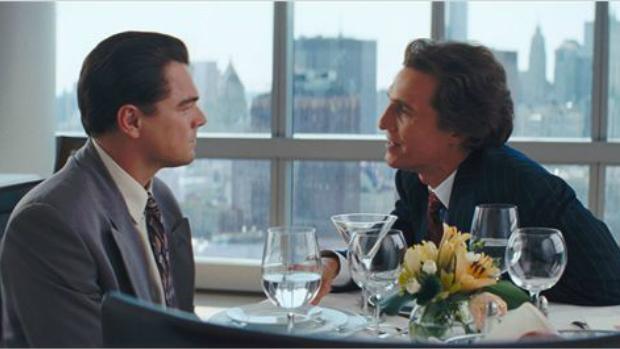 <p>Leonardo DiCaprio e Matthew McCounaghey em cena do filme O Lobo de Wall Street</p>