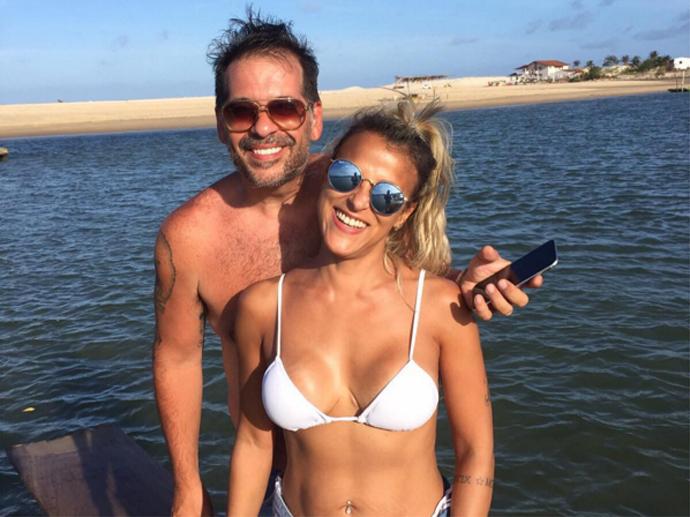 Leandro Hassum e a mulher, Karina Hassum, passam fim de semana em Natal (RN)