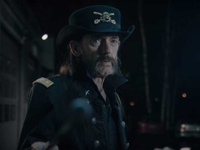 <p>Lemmy em cena do comercial inédita da marca de leite finlandesa Valio</p>