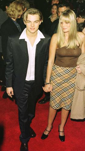 <p>Em 1996, chega à pré-estreia do filme <em>Romeu e Julieta</em>.</p>