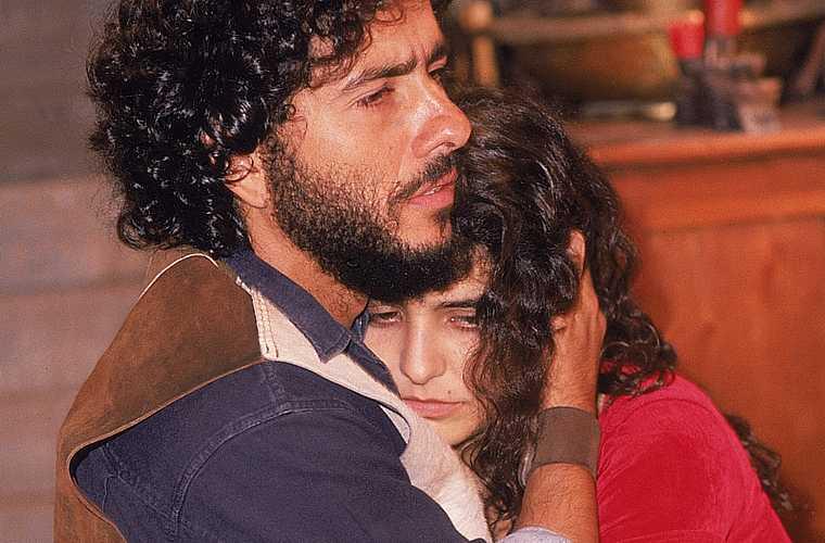 Em Irmãos Coragem, de 1995, ao lado de Marcos Palmeira.
