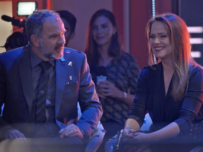 Lili (Vivianne Pasmanter) e Germano (Humberto Martins) se emocionam com vitória de Eliza (Marina Ruy Barbosa)