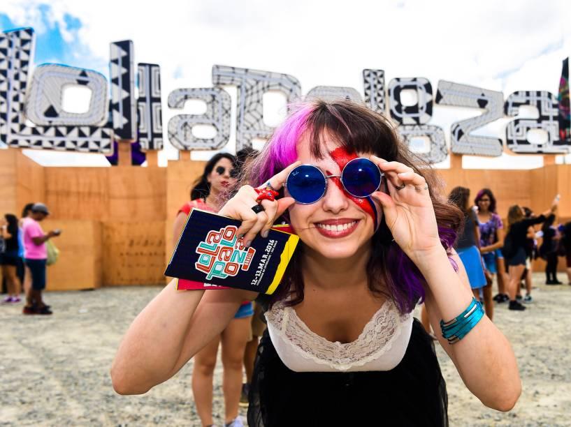 Público chega para o primeiro dia do Festival Lollapalooza, no Autódromo de Interlagos