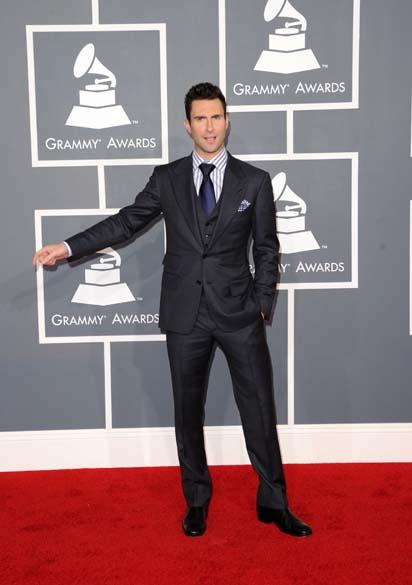 O cantor Adam Levine, da banda Maroon 5, na 54ª edição do Grammy Awards em Los Angeles, na Califórnia<br>