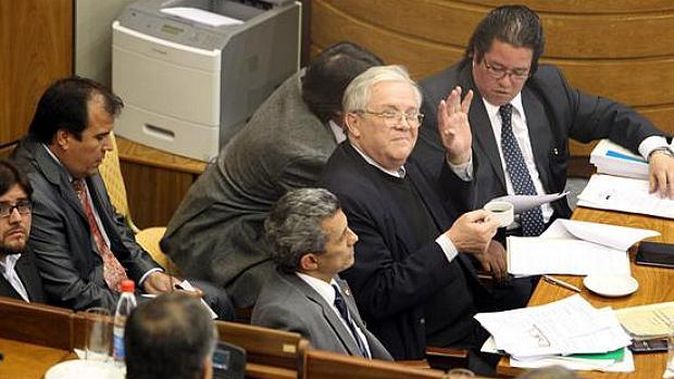 Equipe de defesa de Fernando Lugo no Senado paraguaio