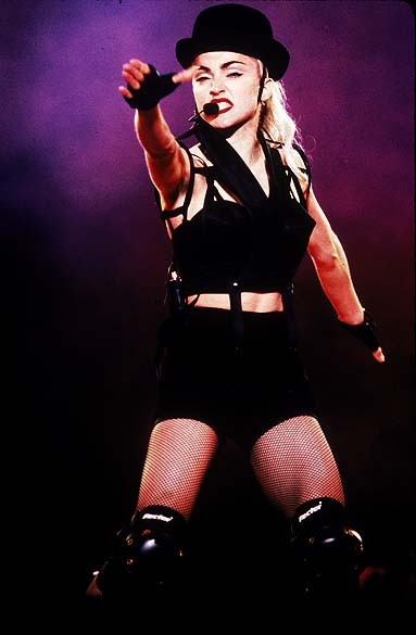 Madonna durante show em Osaka, Japão, em 1990