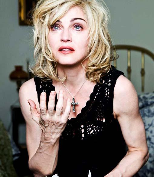 Madonna em fotografia de campanha publicitária da Dolce and Gabanna de 2010