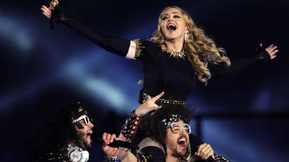 Madonna e o grupo LMFAO, durante apresentação do Superbowl 2012
