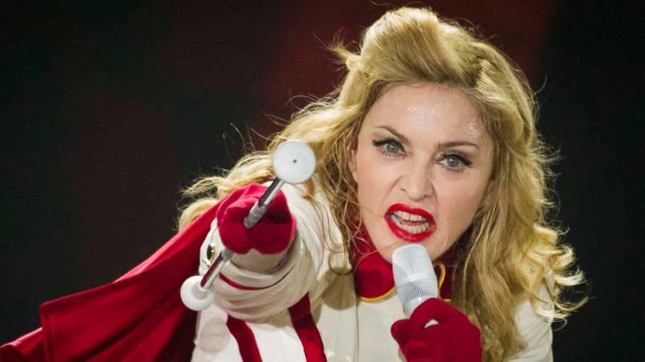 Madonna durante aprensentação em Berlim, na Alemanha