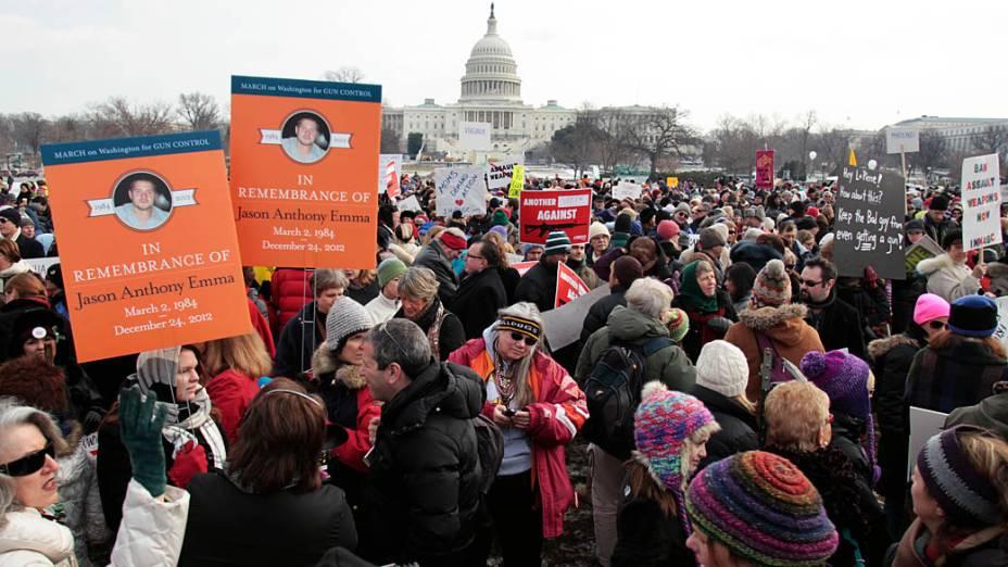 Marcha em Washington pede controle de armas nos EUA