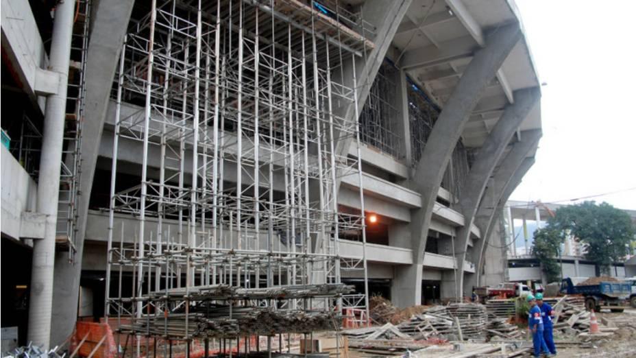 Maracanã: externamente, estádio será pintado de cinza