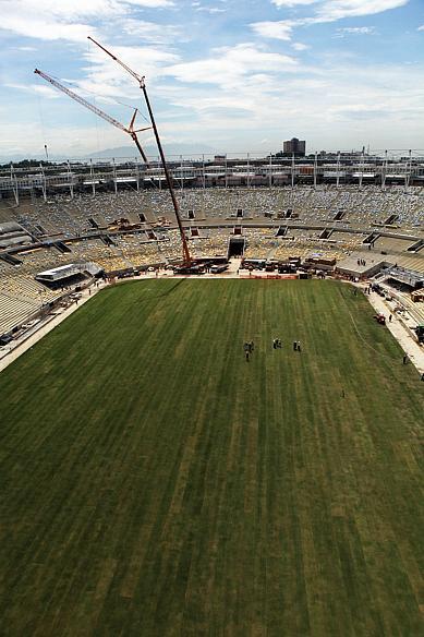 Maracanã: novo gramado está pronto