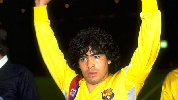 Maradona jogou no Barcelona entre 1982 e 1984