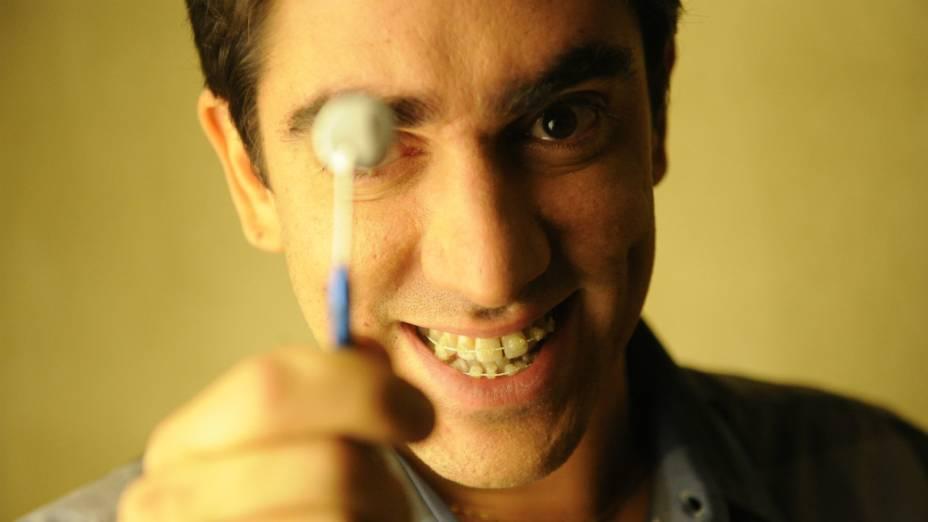 Marcelo Adnet em O Dentista Mascarado