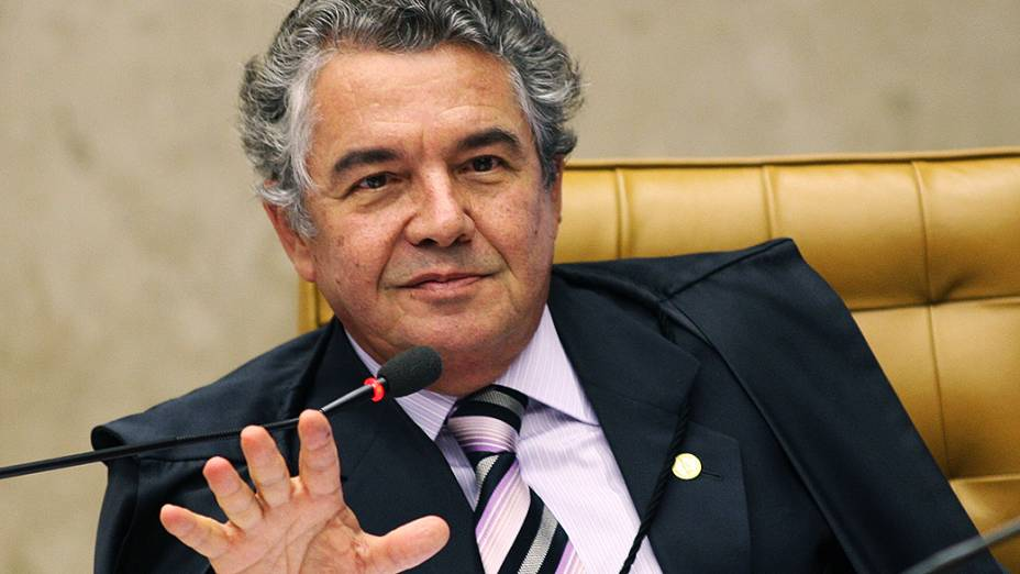 Marco Aurélio Mello durante o julgamento do mensalão, em 11/10/2012